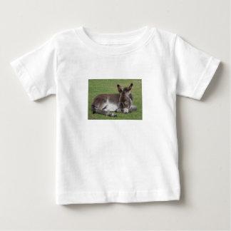 Camiseta De Bebé El dormir lindo del burro del bebé