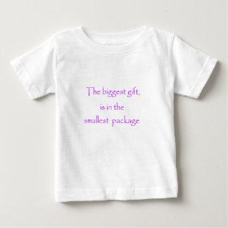 Camiseta De Bebé El regalo más grande está en el paquete más