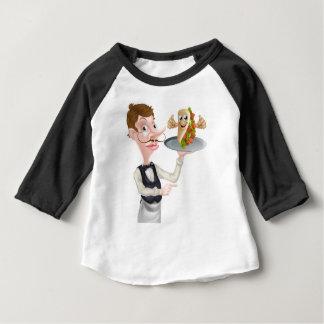 Camiseta De Bebé El señalar y Kebab del camarero del dibujo animado