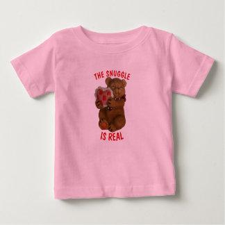 Camiseta De Bebé El Snuggle es oso y corazón reales