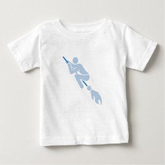 Camiseta De Bebé el volar en la escoba mágica