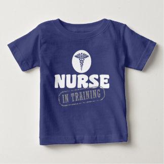 Camiseta De Bebé Enfermera en el entrenamiento