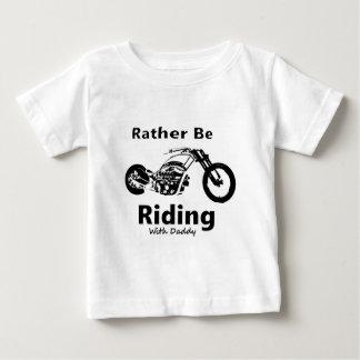 Camiseta De Bebé Esté montando bastante al papá de w