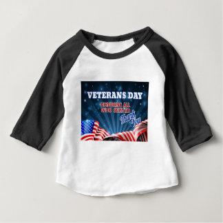 Camiseta De Bebé Fondo de la bandera americana del día de veteranos