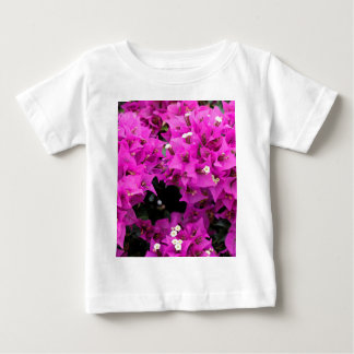 Camiseta De Bebé Fondo fucsia púrpura del Bougainvillea