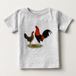 Camiseta De Bebé Gallos de juego ingleses viejos:  Pares del rojo