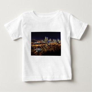 Camiseta De Bebé Horizonte de Pittsburgh en la noche