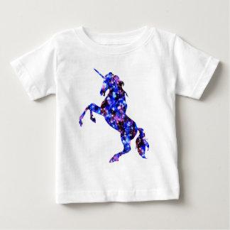 Camiseta De Bebé Imagen estrellada del cielo del unicornio hermoso