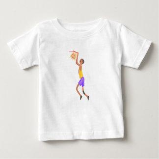 Camiseta De Bebé Jugador de básquet que cuelga en el pegatina de la