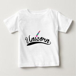 Camiseta De Bebé Letras de la palabra del arco iris del diseño del