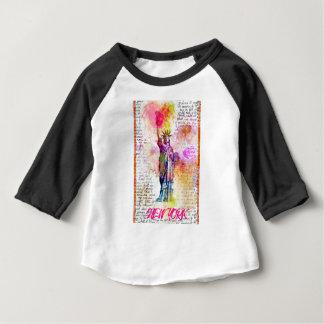 Camiseta De Bebé Liberty Nueva York. Rainbow Color ilustración