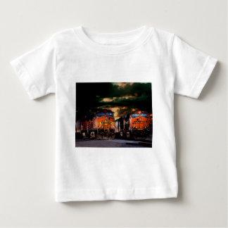 Camiseta De Bebé Locomotoras potentes listas para acarrear