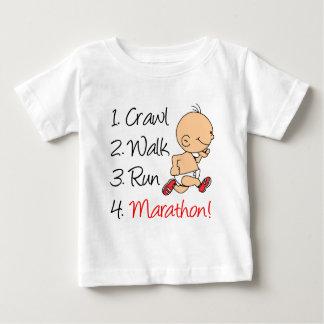 Camiseta De Bebé Maratón del funcionamiento del paseo del arrastre