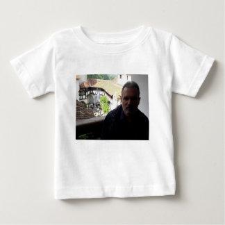 Camiseta De Bebé Mirada interior en el castillo del salvado.
