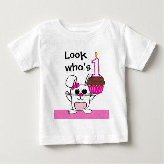 Camiseta De Bebé Mire quién es 1 conejo y magdalena del chica del