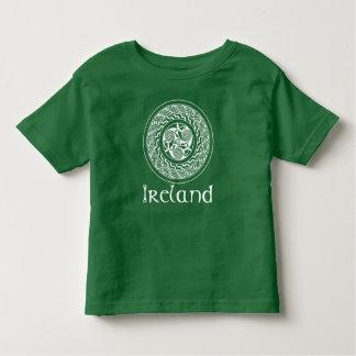 Camiseta De Bebé Modelo irlandés del medallón de Knotwork del