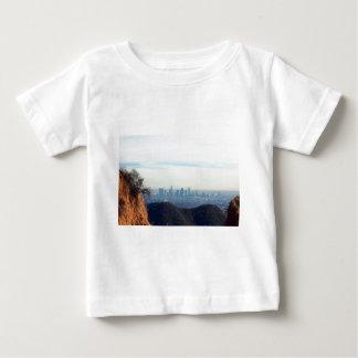 Camiseta De Bebé Montaña enmarcada LA