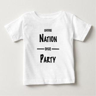 Camiseta De Bebé Nación sobre la colección del regalo del fiesta