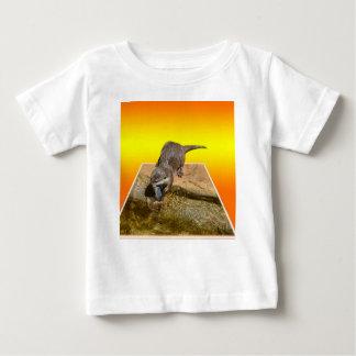 Camiseta De Bebé Nutria que come pescados sabrosos deliciosos por