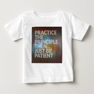 Camiseta De Bebé Paciencia