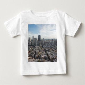 Camiseta De Bebé Panorama del horizonte de San Francisco