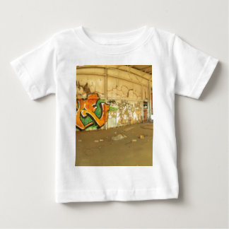 Camiseta De Bebé Pintada abandonada