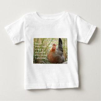 Camiseta De Bebé pollo en su corazón