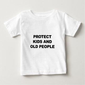 Camiseta De Bebé Proteja los niños y a las personas mayores