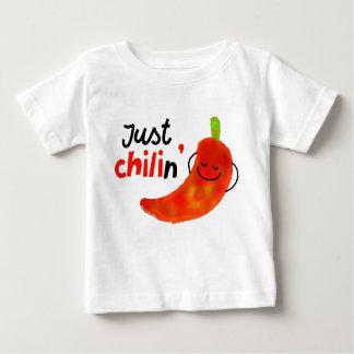Camiseta De Bebé Retruécano positivo de la pimienta de chile -