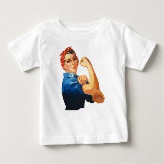 Camiseta De Bebé Rosie clásico de encargo el remachador