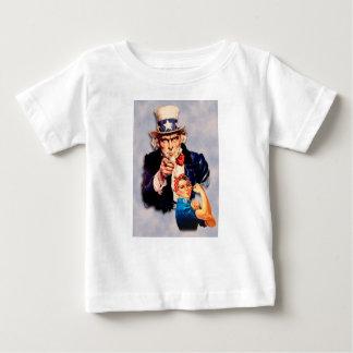 Camiseta De Bebé Rosie el diseño del remachador y del tío Sam