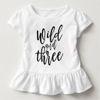 Camiseta De Bebé Salvaje y letras manuscritas negras de la