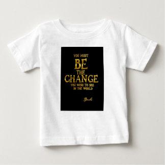 Camiseta De Bebé Sea el cambio - cita inspirada de la acción de