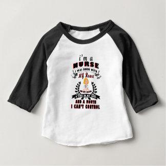 Camiseta De Bebé Soy enfermera que nací con un corazón