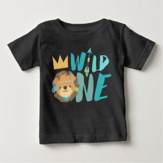 Camiseta De Bebé Una león y flecha salvajes el | Boho el | un año