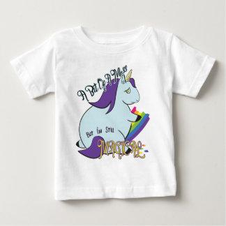 Camiseta De Bebé Unicornio rechoncho que come un arco iris - un lío
