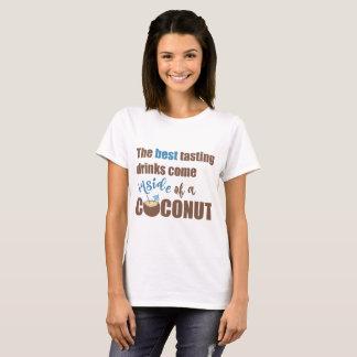 Camiseta de consumición del alcohol del coco
