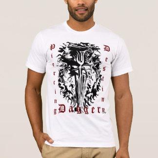 """Camiseta De """"daga perforación del destino """""""
