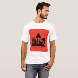 Camiseta de la atención