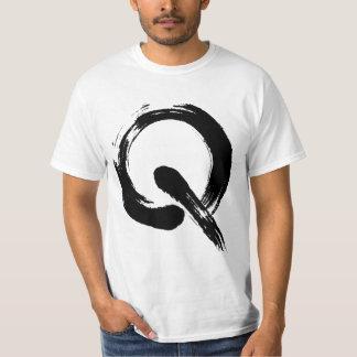 Camiseta de la búsqueda Q con código de QR