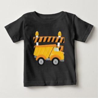 Camiseta de la construcción del camión volquete