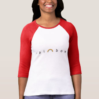 Camiseta de la manga de raglán del arco iris