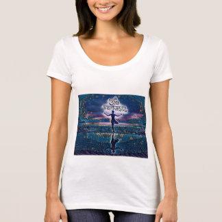 Camiseta de la noche estrellada de Namaste