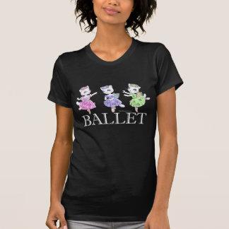 Camiseta de la oscuridad de los gatos del ballet