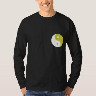 Camiseta de la oscuridad de Yin Yang