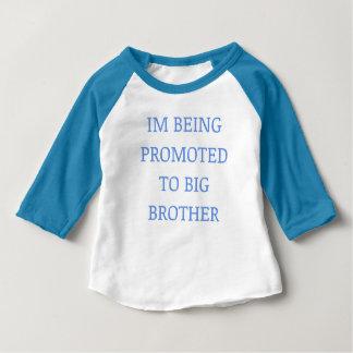 Camiseta de la promoción del hermano mayor
