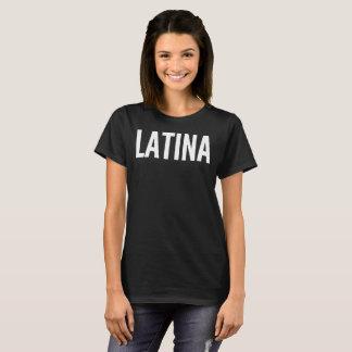 Camiseta de la tipografía del texto de Latina