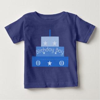 Camiseta de la torta del muchacho del cumpleaños