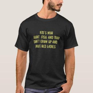 Camiseta de la trampa de los pescados de la caza