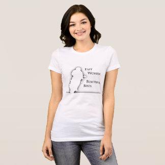 Camiseta de las bicis hermosas de las mujeres
